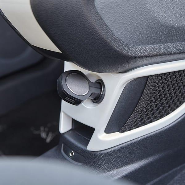 Car power adapter with smash-and-grab raider